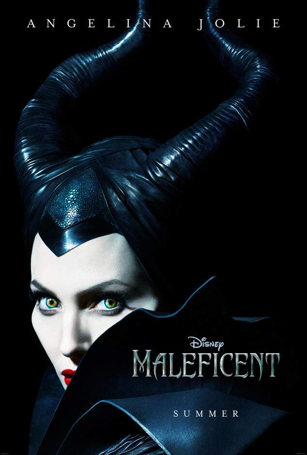 Poste roficial Maleficent Angelina jolie