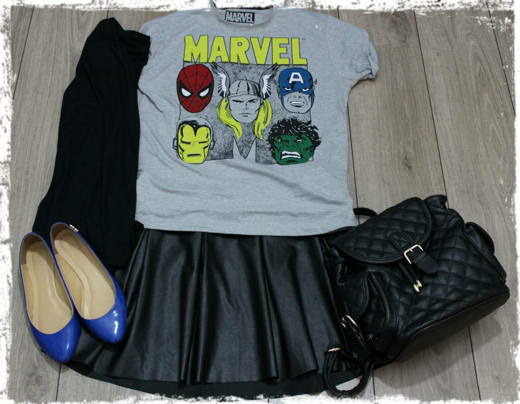 Fashion set_camiseta marvel_vingadores_saia de couro_blog el ropero_ juliana sena